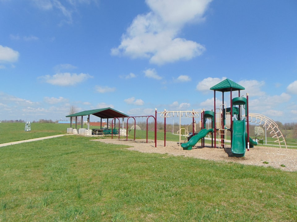 Botts Park Playground and Pavilion Mount Sterling